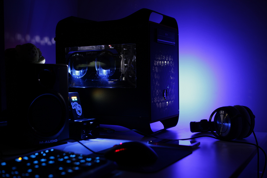 My Transition From Console to PC Gaming! - #UD 1