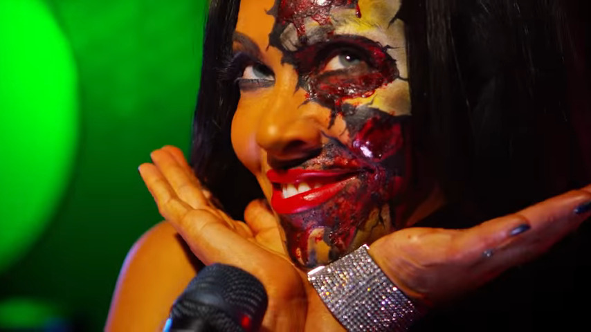 Top 10 Heavy Metal Divas | The Queens of Metal - #UD 1