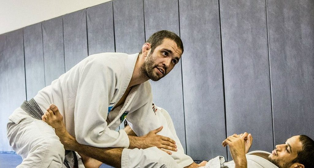 Former Pro Fighter Roli Delgado Now Training Jiu Jitsu Fighters - #UD 2